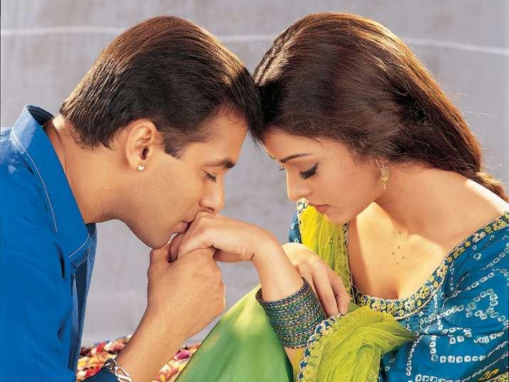 India Tv - Salman and Aishwarya in a still from Hum Dil De Chuke Sanam