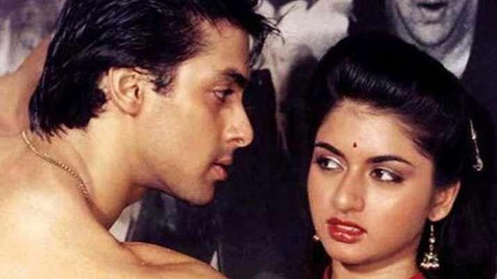 India Tv - Salman and Bhagyashree in a still from Maine Pyaar Kiya
