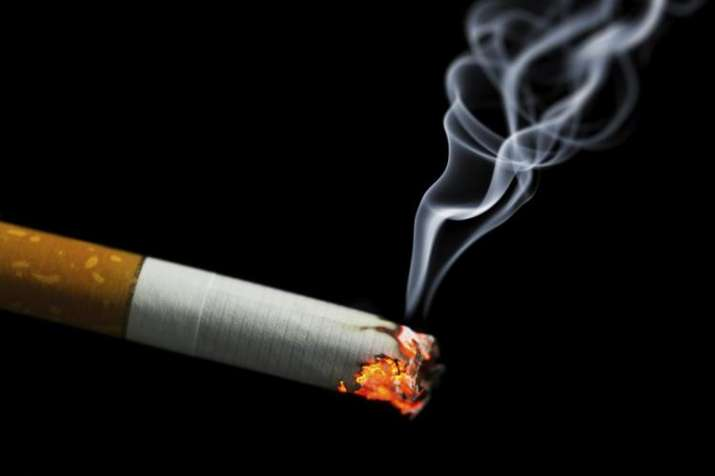 causes of teenage smoking