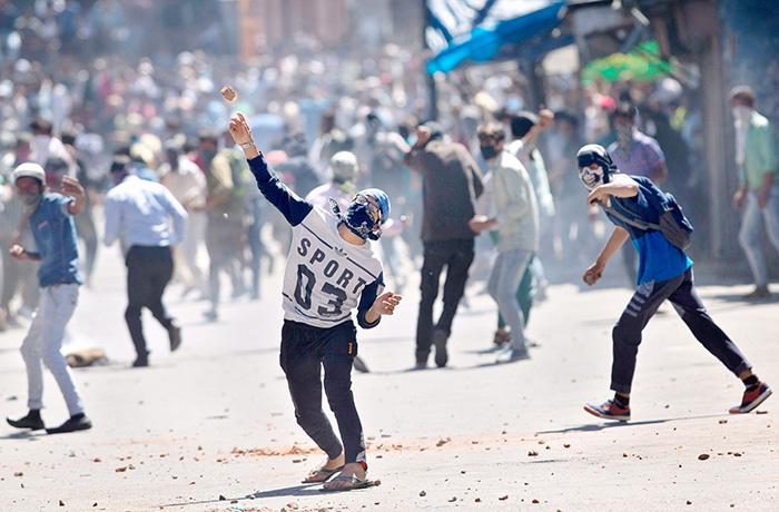 India Tv - Demonetisation hurt stone-pelting, Maoists, militants in Northeast: Govt tells Parliament