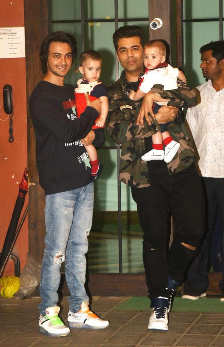 India Tv - karan johar with twins