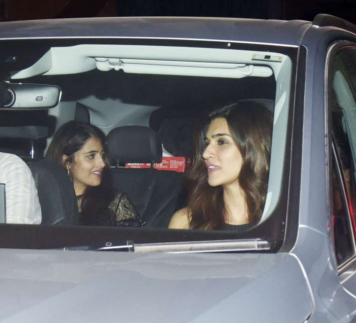 India Tv - Kriti Sanon with birthday girl and sister Nupur Sanon