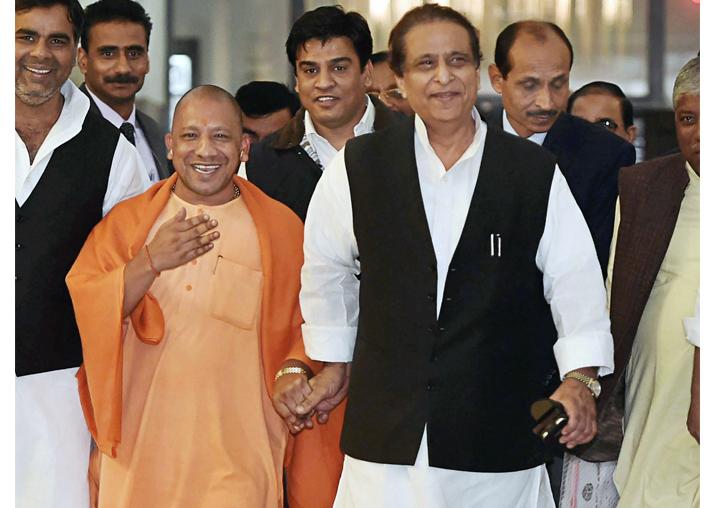 Yogi Adityanath, Azam Khan spotted walking hand-in-hand at