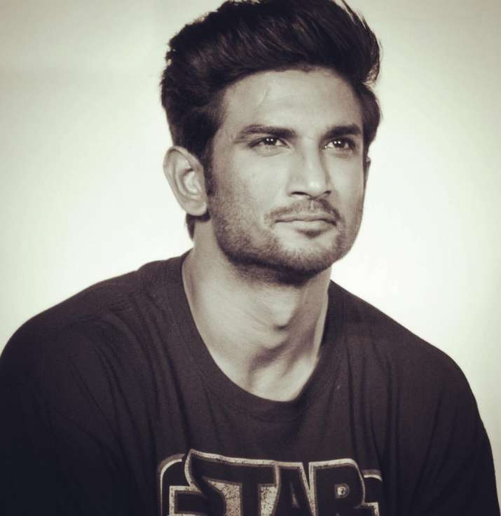 India Tv - Did you know that Sushant Singh Rajput was one of the background dancers at the 51st Filmfare Awards?