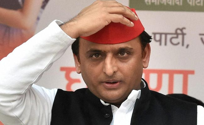 Blow to Congress as Akhilesh Yadav says alliance talks a