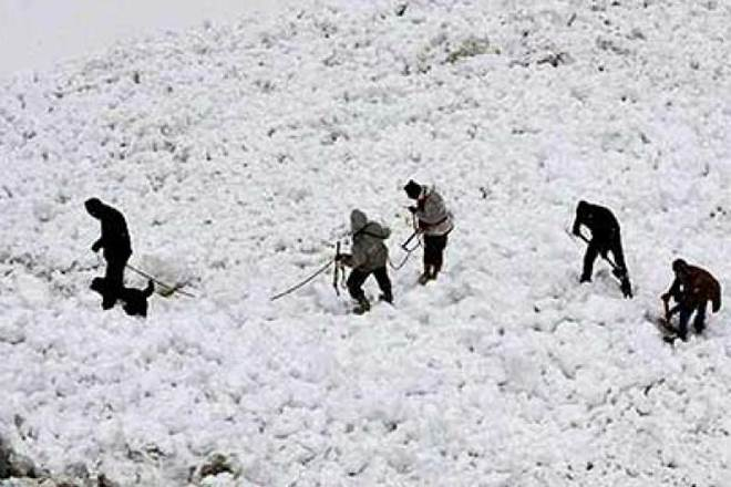 Jammu and Kashmir Another body recovered from avalanche