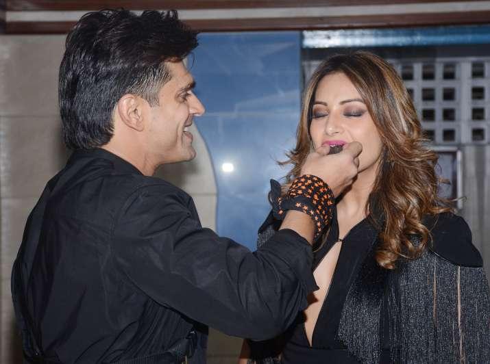 India Tv - Karan and Bipasha