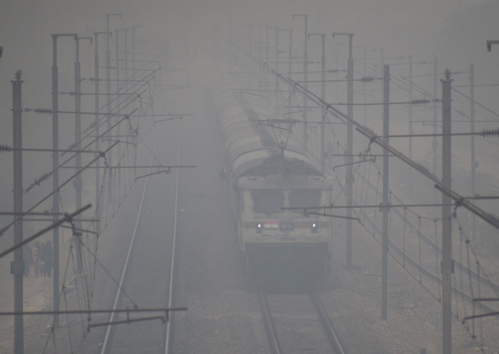Cold wave grips north India, normal life crippled