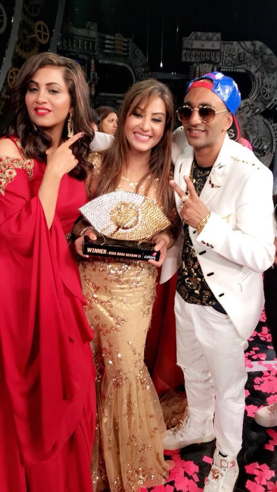 India Tv - Shilpa with Akash and Arshi