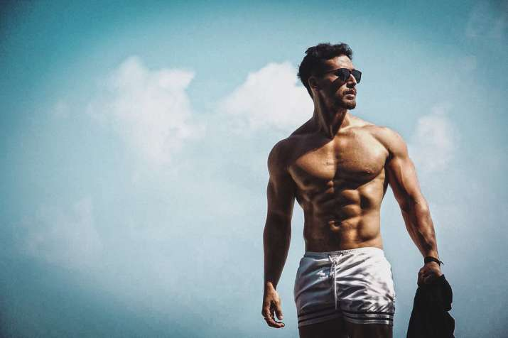 Tiger Shroff takes his Super Fight League team to Thailand