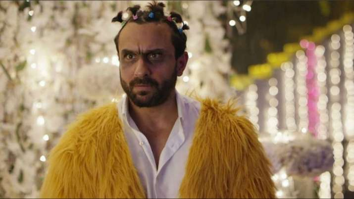 India Tv - Saif Ali Khan as Rileen in Kaalakaandi