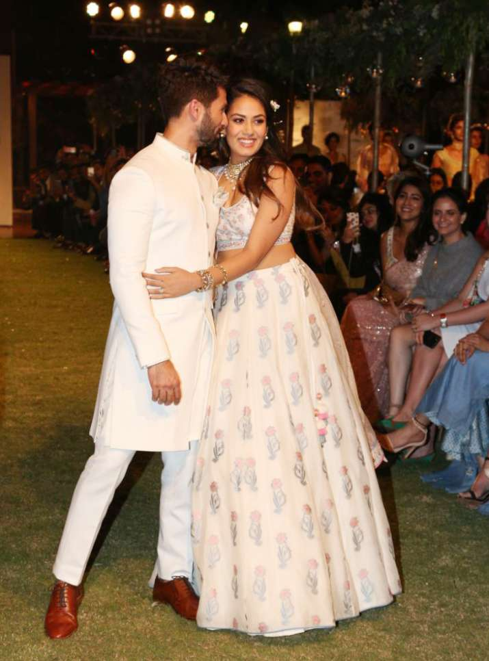 India Tv - Shahid and Mira stole the thunder at LFW 2018 Day 1