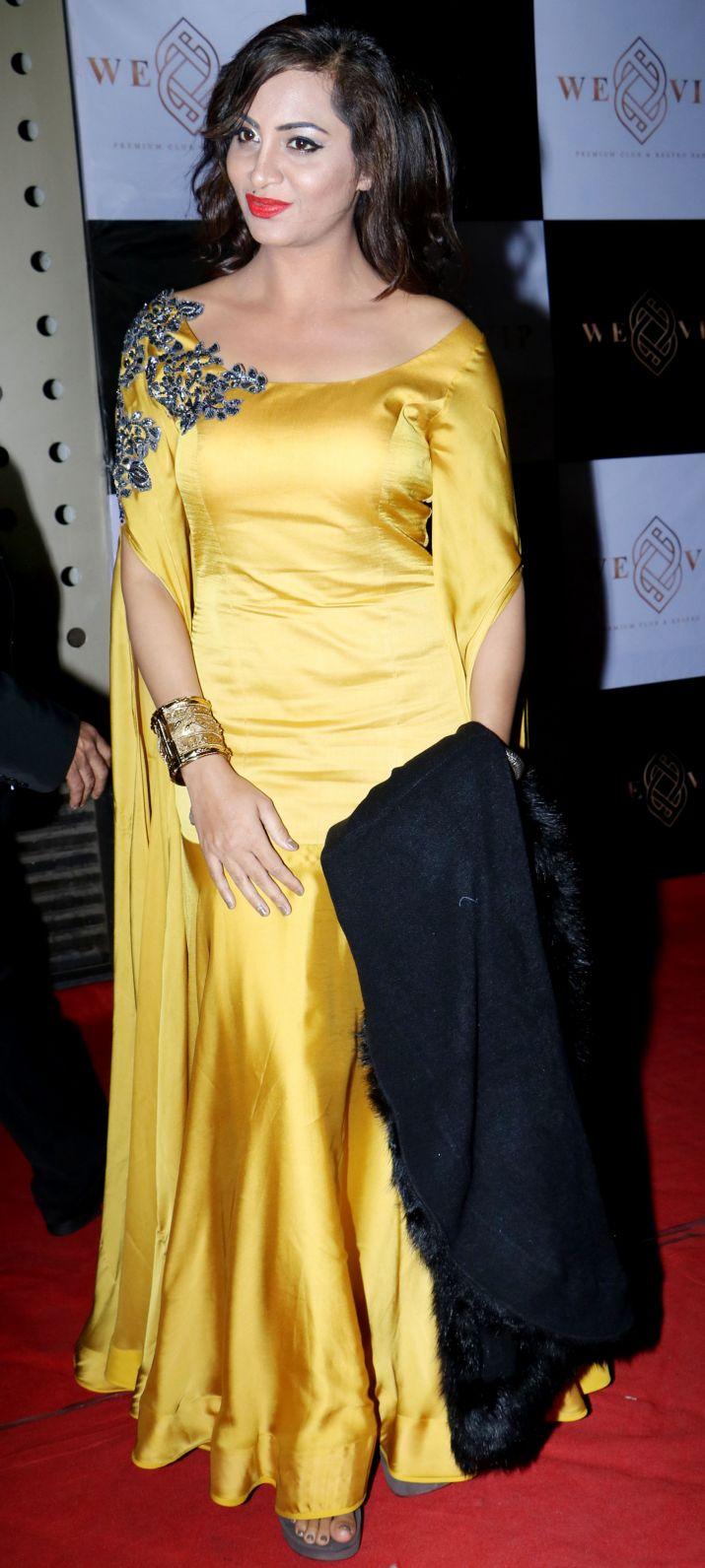 India Tv - Arshi Khan Bigg Boss 11 party