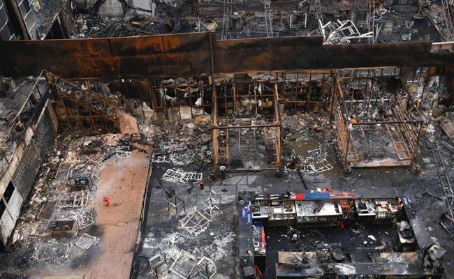 Kamala Mills fire case: Bombay HC permits accused to seek