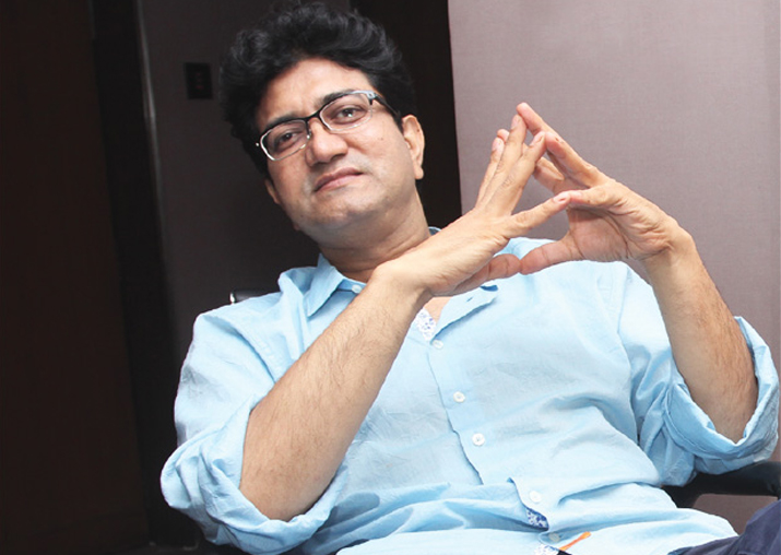 Padmaavat row: Karni Sena warns Prasoon Joshi against