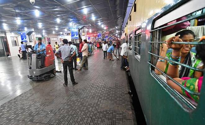 India Tv - Indian Railways has a long way to go before t can claim Swachh status across the nation