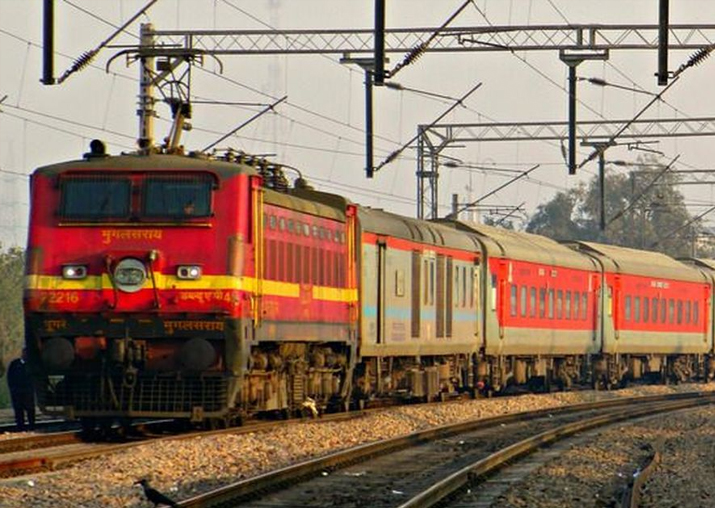 More than 9k complaints over food in Rajdhani, Shatabdi: