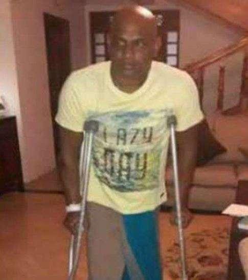 India Tv - Sanath Jayasuriya in crutches