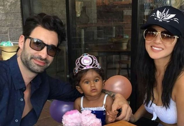 India Tv - Sunny Leone with her daughter and husband