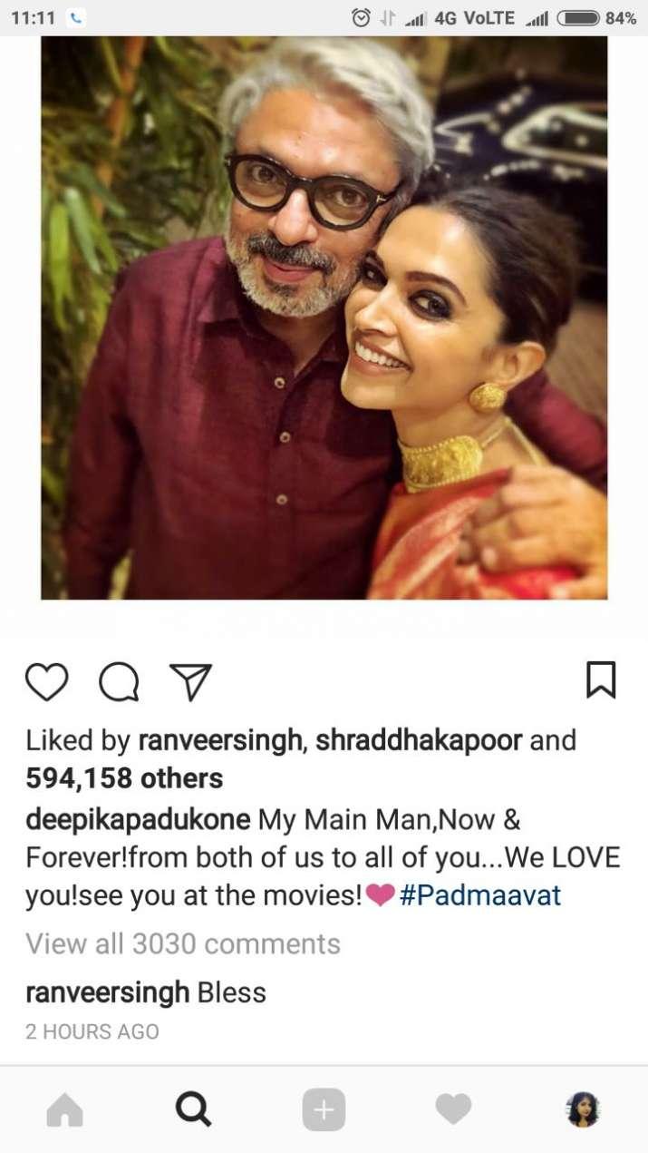 India Tv - Ranveer Singh's comment on Deepika Padukone's picture