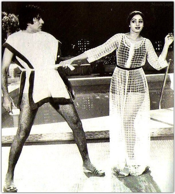 India Tv - Amitabh Bachchan with Sridevi in Inquilab