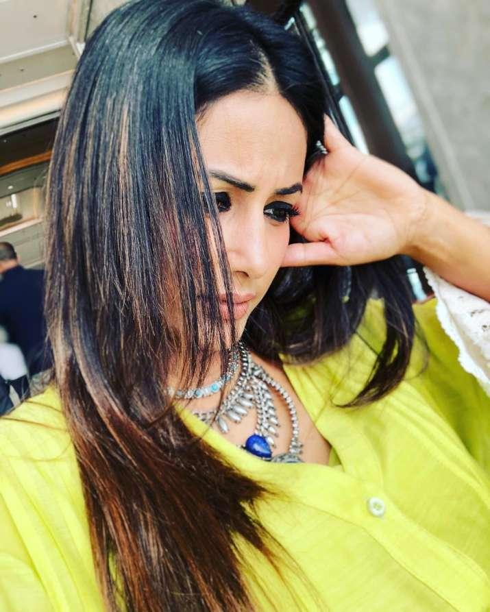 India Tv - Hina Khan in Sri Lanka