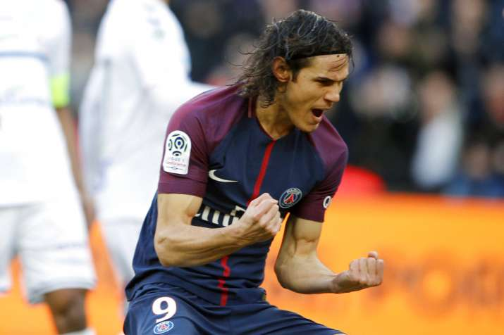 India Tv - Edinson Cavani celebrates after scoring