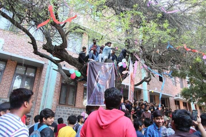 Virgin Tree Valentine ritual: Students worship Jacqueline