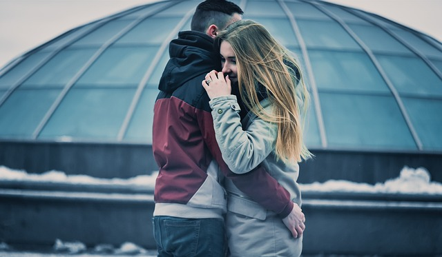 Happy Hug Day 2018: HD Images, Wallpapers, Quotes, Status, Greetings for  WhatsApp, Facebook | Relationships News – India TV