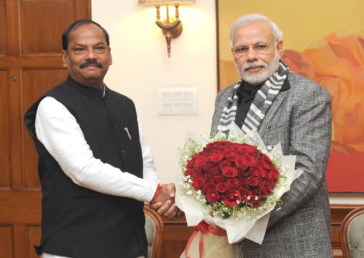 File - Jharkhand CM Raghubar Das and PM Modi