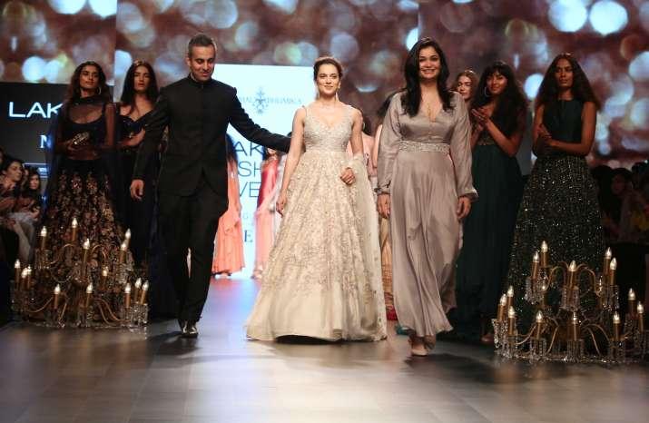 aa6059872e4c Lakme Fashion Week 2018 Day 5 pics: Kareena Kapoor Khan, Kangana ...