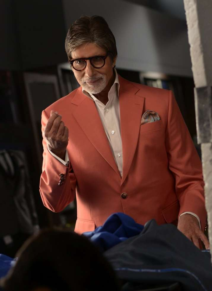 Amitabh Bachchan's reducing fans on Twitter