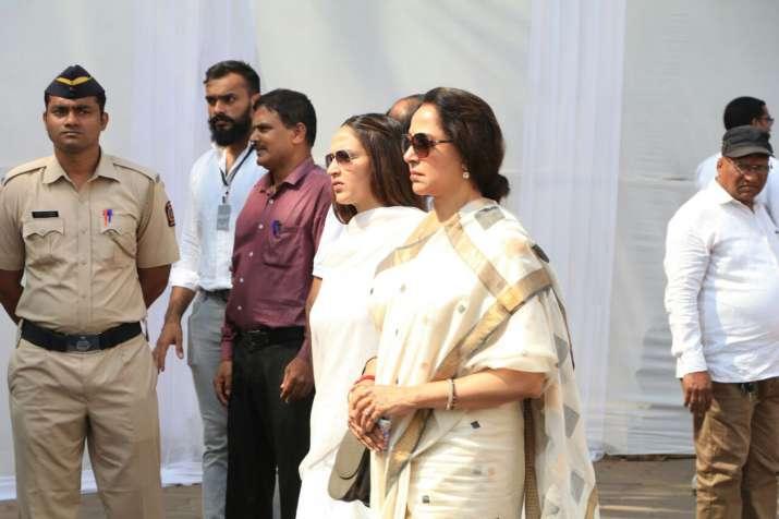 India Tv - Hema Malini Esha Deol