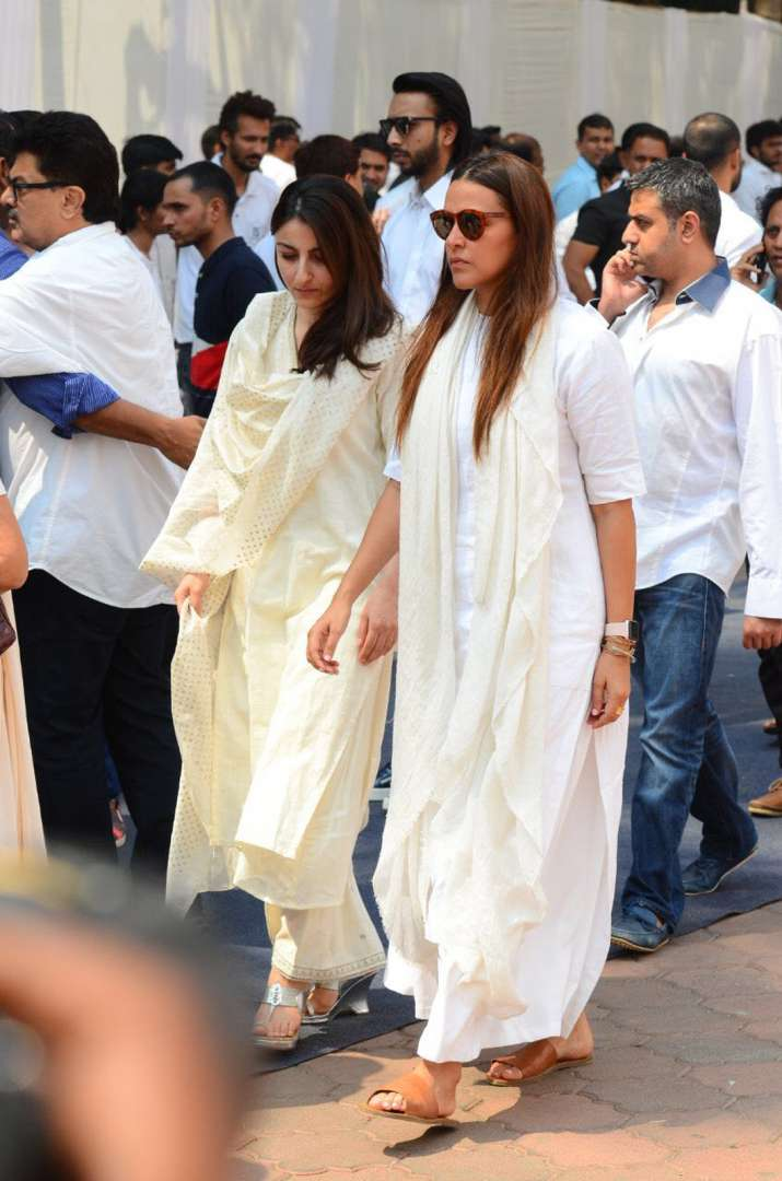 India Tv - Soha Ali Khan arrived with Neha Dhupia at Sridevi's funeral