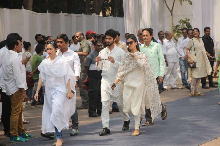 India Tv - Shahid Kapoor and Mira Rajput at Sridevi's funeral