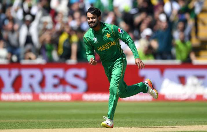 Mohammad Hafeez urges ICC to retain doosra