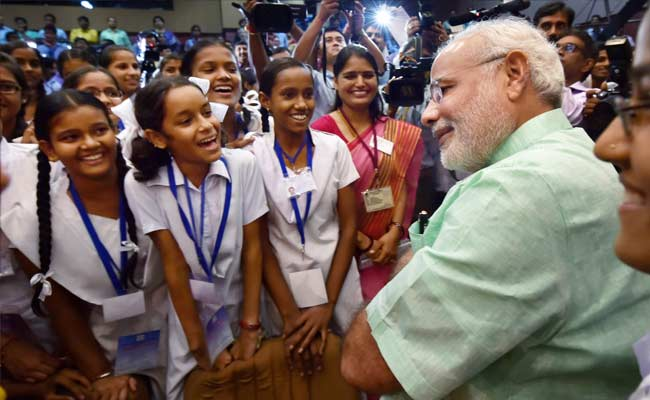 PM Modi during an interaction with students on Teacher's
