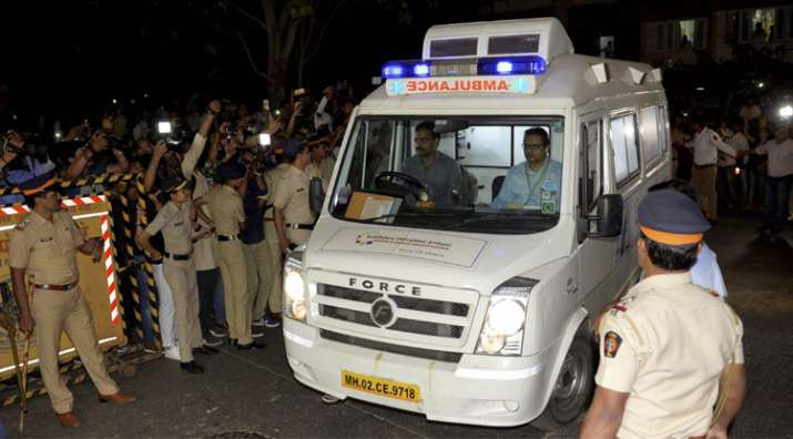 India Tv - Ambulance carring mortal remains of actress Sridevi arrives at her residence in Mumbai on Tuesday.