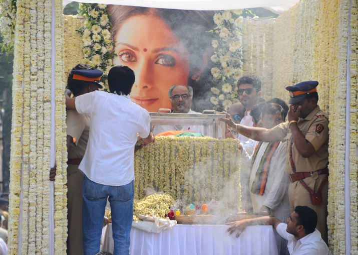 Actress Sridevi laid to rest with state honours, lakhs