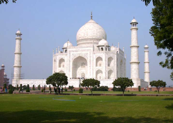 Place vision document on preservation of Taj Mahal: SC to