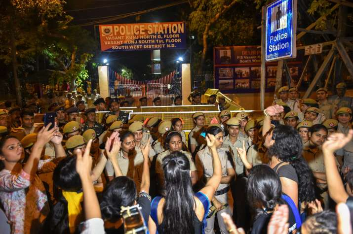 Sexual harassment case: JNU students protest against police