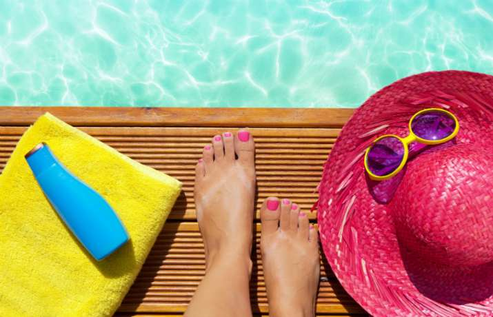 Expert tips to protect your feet from harmful sun rays