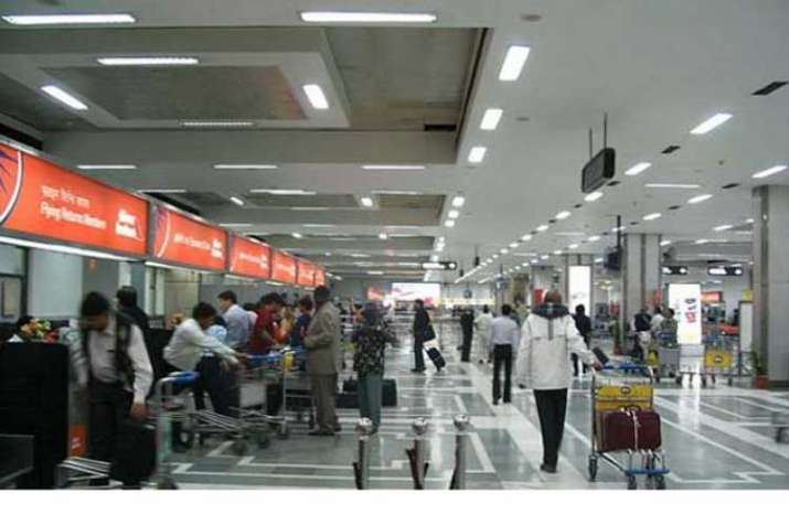 Chaos at Delhi airport ahead of holiday weekend