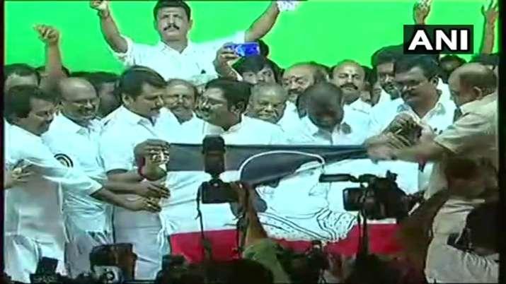 India Tv - Dhinakaran names his party 'Amma Makkal Munetra Kazhagam' after Jayalalithaa