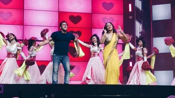 India Tv - Salman, Sonakshi