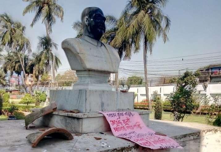 statue vandalism jadavpur के लिए इमेज परिणाम