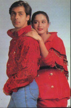India Tv - Hum Aapke Hai Koun stars Salman Khan and Madhuri Dixit pose for a photoshoot.