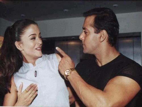 India Tv - Salman Khan and his ex-girlfriend Aishwarya Rai having a fun moment.
