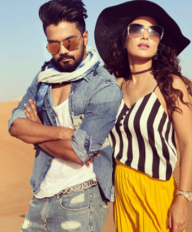 India Tv - Hina Khan with Rocky