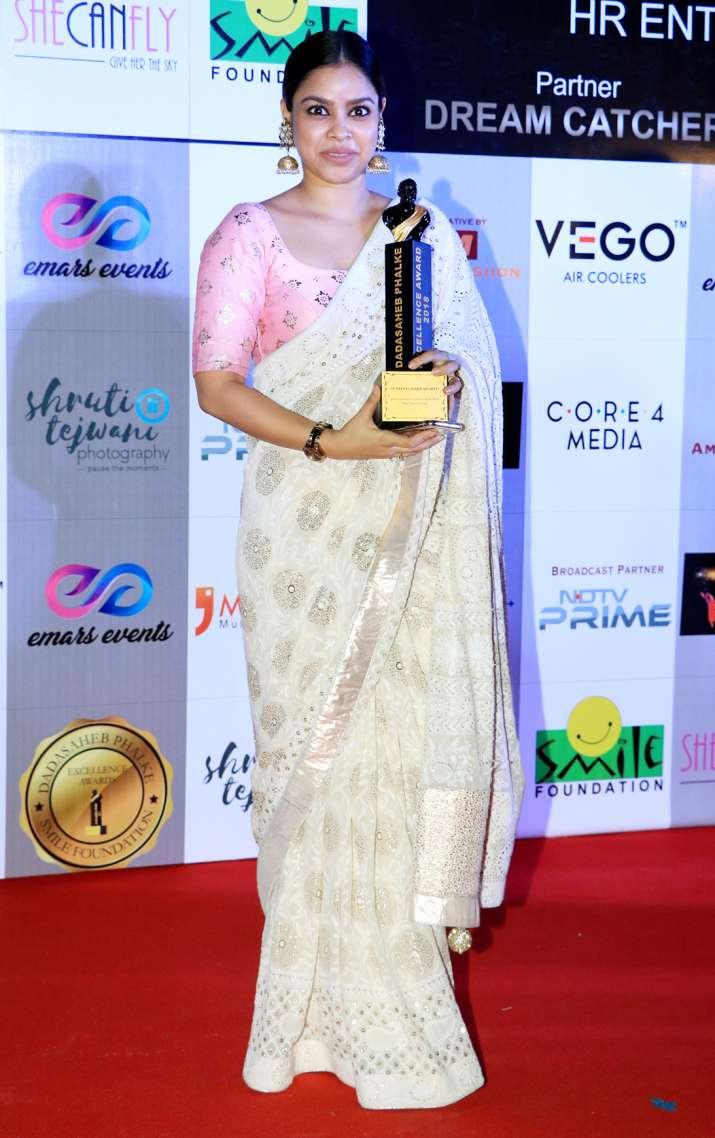 India Tv - Sumona Chakravarti at Dadasaheb Phalke Awards 2018